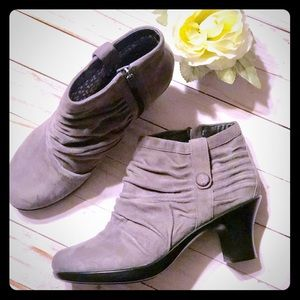 NWOT Dansko Buffy Ankle Booties / Boots